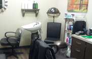 Great prices and services at M's Cuts beauty and hair salon in Thousand Oaks, California in Ventura County.